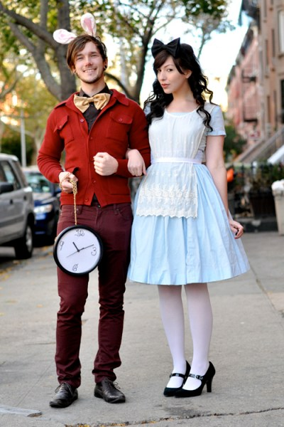 Dress up with your significant other this year! DIY Halloween Costumes for Couples