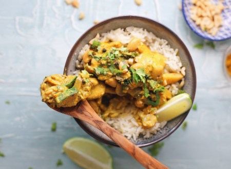 The perfect weeknight vegetarian curry.