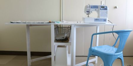 Folding Craft Table or Foldable Desk Woodworking Plan