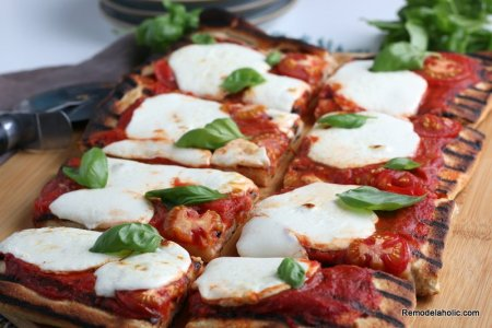 Easy Grilled Pizza Margherita Recipe, Remodelaholic (5)
